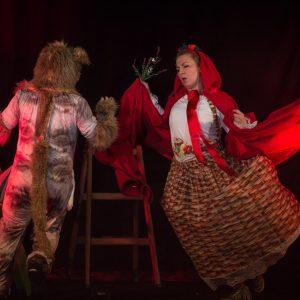 Crvenkapica – tko se boji vuka još?